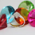ハンドメイドの原点かもしれません。子どもの頃 お母さんの宝石に憧れてました。