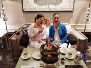 青山華子さんとアフタヌーンティ
